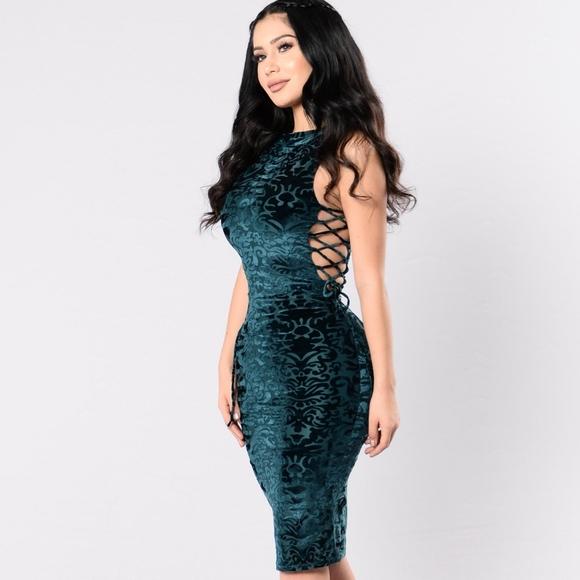 Fashion Nova Dresses & Skirts - Fashion Nova On The Side Dress